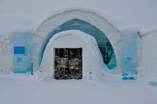 Ingången till Ishotellet i Jukkasjärvi